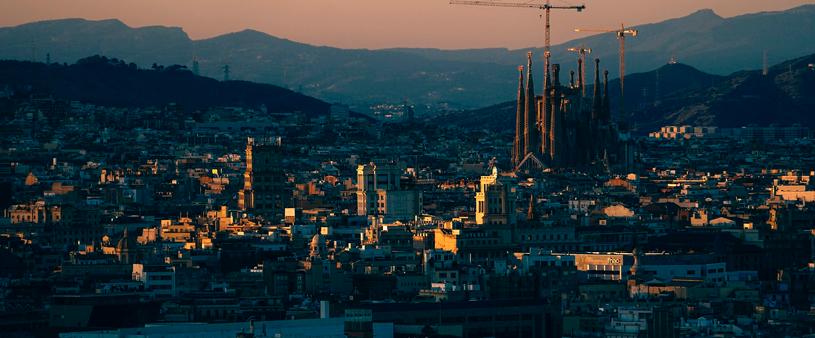 Els estrangers inverteixen més en l'àmbit immobiliari a Barcelona que a Madrid
